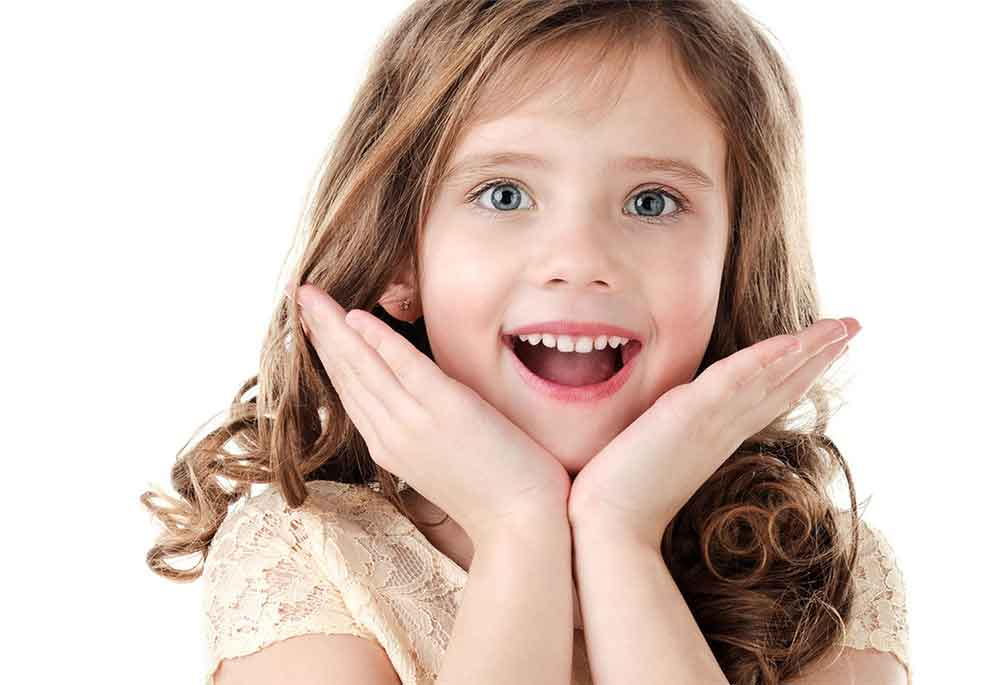 Faces harmoniosas, crianças felizes.